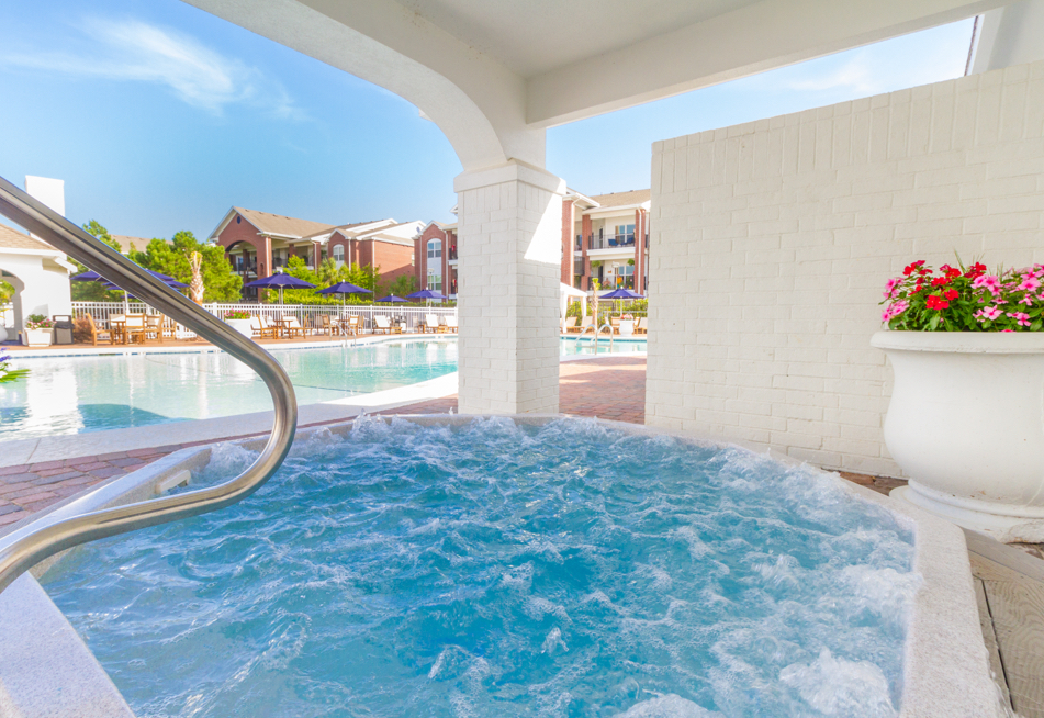 Jacuzzi and Sauna at One Club Gulf Shores